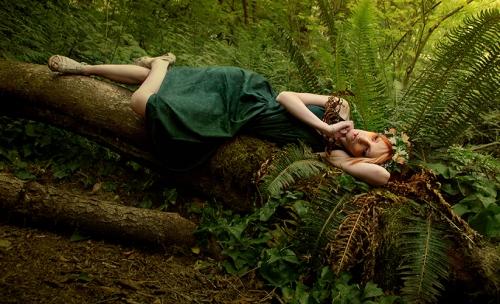 dreaming_dryad_by_mariyaolshevska-d258yyp.jpg